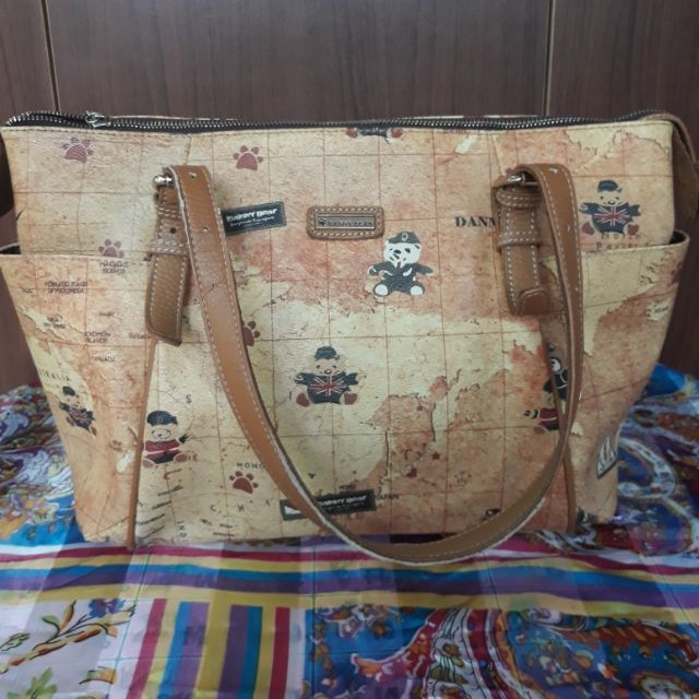 กระเป๋าสะพายDanny bear มือ2 สภาพดี
