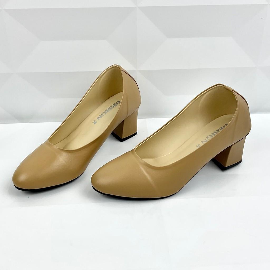 D3 รองเท้าคัทชูผู้หญิง Swim หนังนิ่ม ส้นสูง 2 นิ้ว