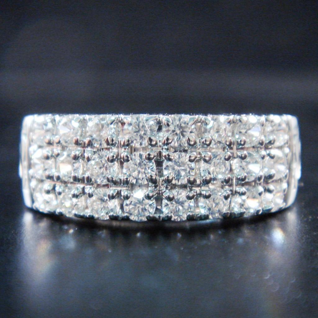 แหวนทอง ฝังเพชรแท้ ราคาถูก โรงงานผลิต