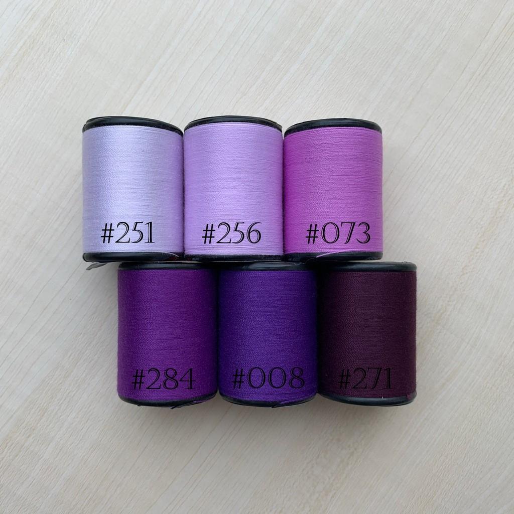ด้ายเย็บผ้า ด้ายสีม่วง เฉดม่วง ด้าย ตราหัวเสือ 600หลา ด้ายเย็บผ้าหลากสี  ด้ายลูกล้อ DIY งานฝีมือ เย็บมือ เย็บจักร เบอร์60