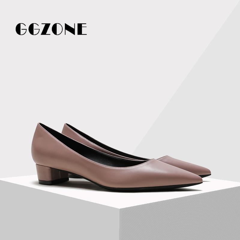 รองเท้าคัชชูหัวแหลม ผู้หญิงชี้เท้า3เซนติเมตรรองเท้าส้นเล็กหญิงฤดูร้อนส้นต่ำสีดำรองเท้าส้นสูงหนังนิ่มมืออาชีพหนังแกะสั้นห