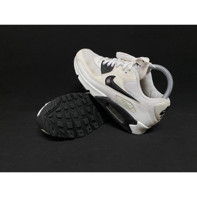 Nike Air Max 90 Essential White Sneakers 616730-110 รองเท้ามือสองของแท้