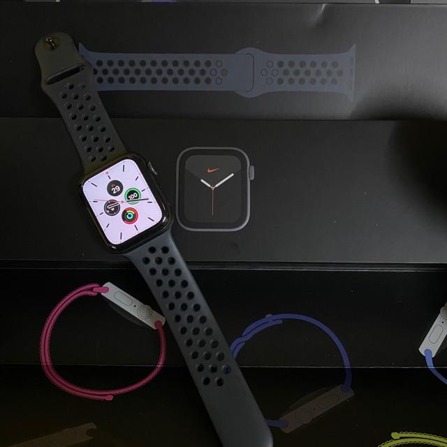 Apple watch series 5 nike+ GPS