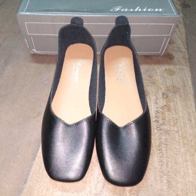 รองเท้าคัชชู มือสองของใหม่ 👢