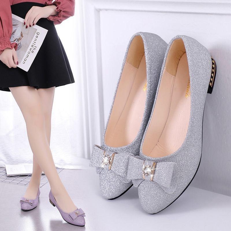 รองเท้าคัชชูหัวแหลมผู้หญิงแบนรองเท้าโบว์โบว์รองเท้าผู้หญิงนักเรียนใหม่เกาหลีรองเท้าสตรี