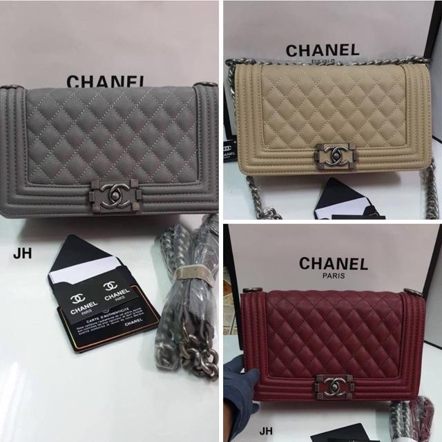 """(มือสอง)กระเป๋าสะพาย Chanel Boy Size : 10"""" งาน Top Mirror ว่าง เทา"""
