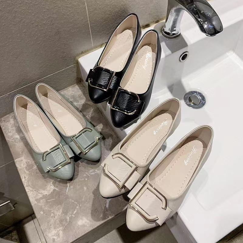 รองเท้าหัวแหลม รองเท้าส้นแบน รองเท้าส้นแบนหัวแหลม รองเท้าผู้หญิง แฟชั่น รองเท้าคัชชู แต่งหัวเข็มขัด งานดีนิ่มมากไม่เจ็บเ