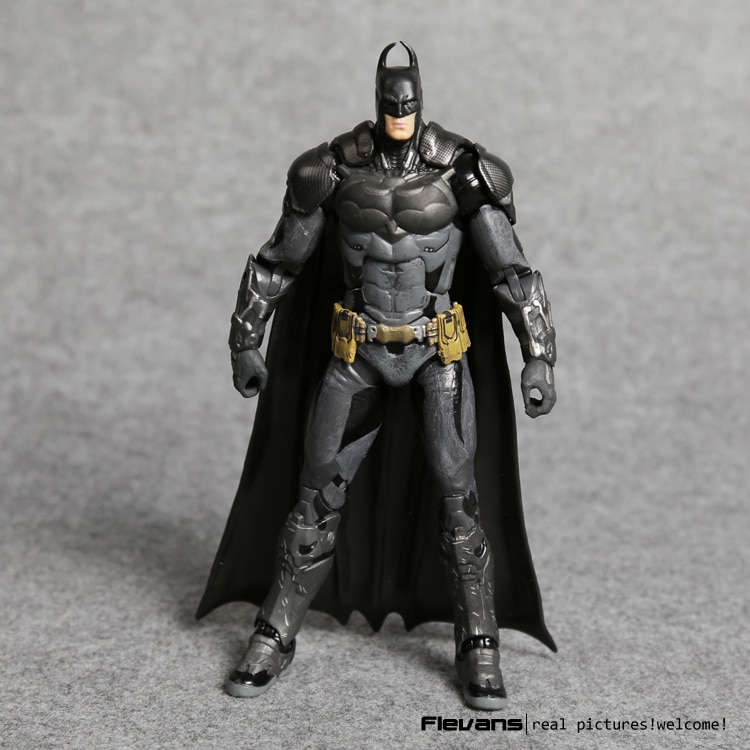 """Bruce Wayne Arkham Knight VC Action Figure Collectible Model Toy 7"""" 18cm"""