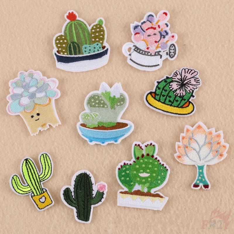 Plants - Cactus Patch อาร์มติดเสื้อสําหรับเย็บปักตกแต่งเสื้อผ้า 1 ชิ้น