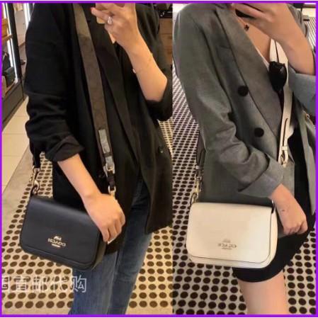 แท้💯%🔥พร้อมส่ง🔥 COACH #76698#76700#76699#77979# กระเป๋าสะพายข้าง การควบคุมตัว กระเป๋าสันทนาการ Women's Flap Saddle Bag, Shoulder Crossbody Bag