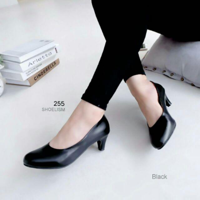 """รองเท้าคัชชูดำ สุภาพ ส้น 2"""" 💋"""