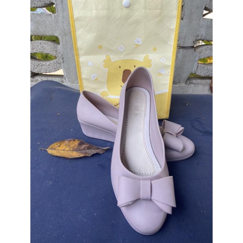 รองเท้าคัชชูโบว์ ยางเจลลี่ ส้นเตารีด สูง2นิ้ว หนังนิ่ม   Size 37ชมพู