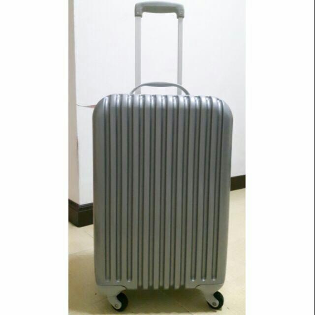 กระเป๋าเดินทาง กระเป๋าล้อลาก Caggioni ขนาด 20 นิ้ว ราคาถูกๆ