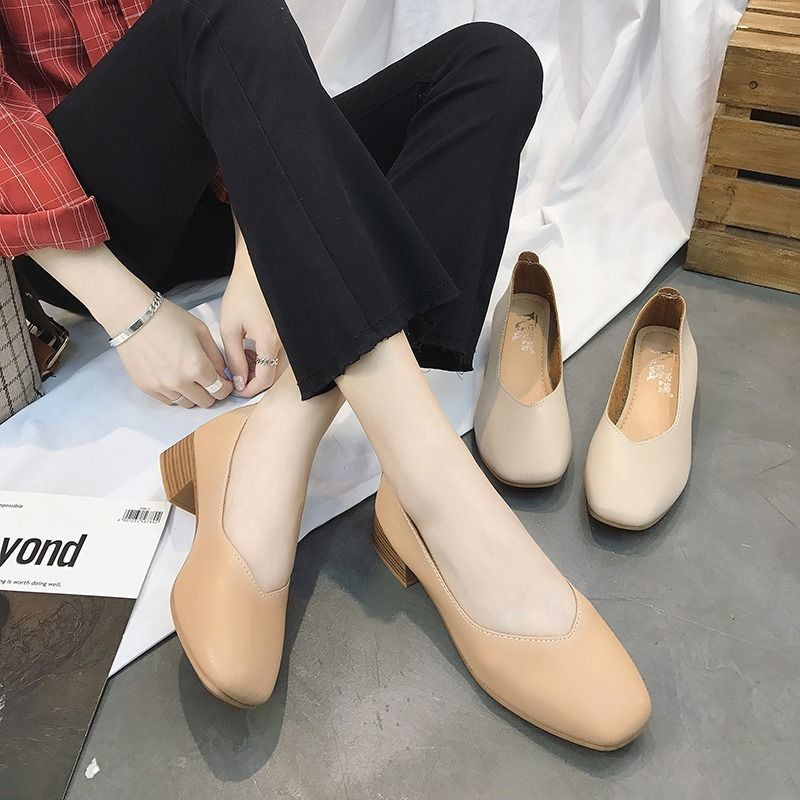 รองเท้าผู้หญิง🍄รองเท้าคัชชู หัวแหลม🍄รองเท้า แฟชั่น รองเท้าคัชชู ส้นเตี้ย ทันสมัยทรงสวย รองเท้าทำงาน สไตล์อังกฤษ