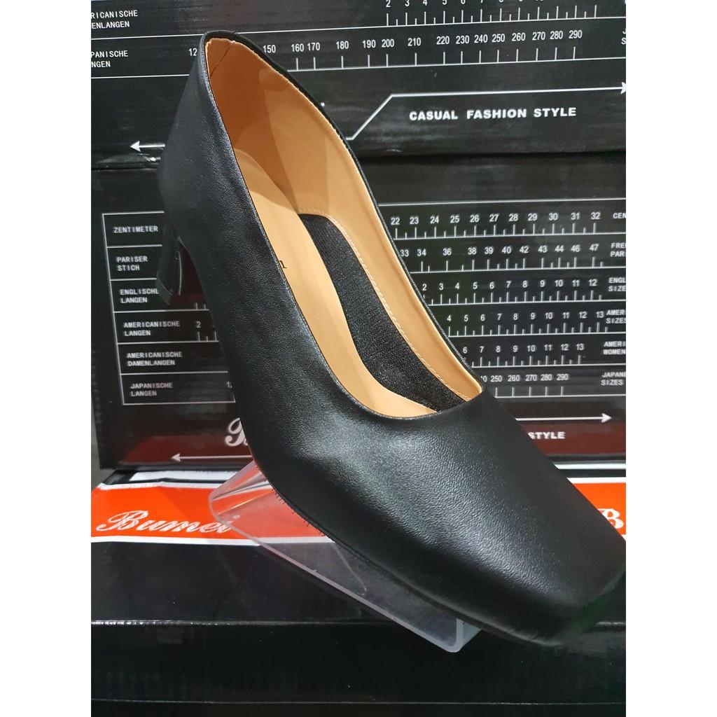 รองเท้าคัชชู รองเท้าคัชชูผู้หญิง รองเท้าคัชชูดำ รองเท้าคัชชูงานเกาหลี รองเท้าใส่นิ่มใส่สบายไม่กัดเท้าใส่แล้วดูดี