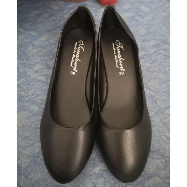รองเท้าส้นตึก รองเท้าคัชชูสีดำ