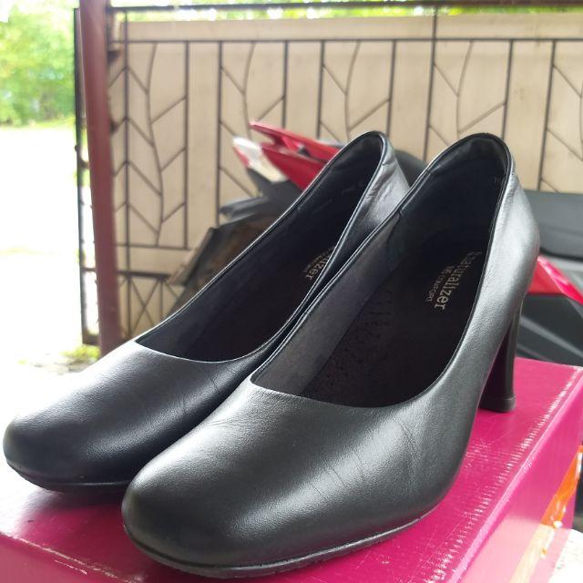 naturalizerรองเท้าคัชชู  naturalizer (สีดำ) 📍ป้ายราคา1,990 ขาย👉1,200บาท รวมส่ง!!!