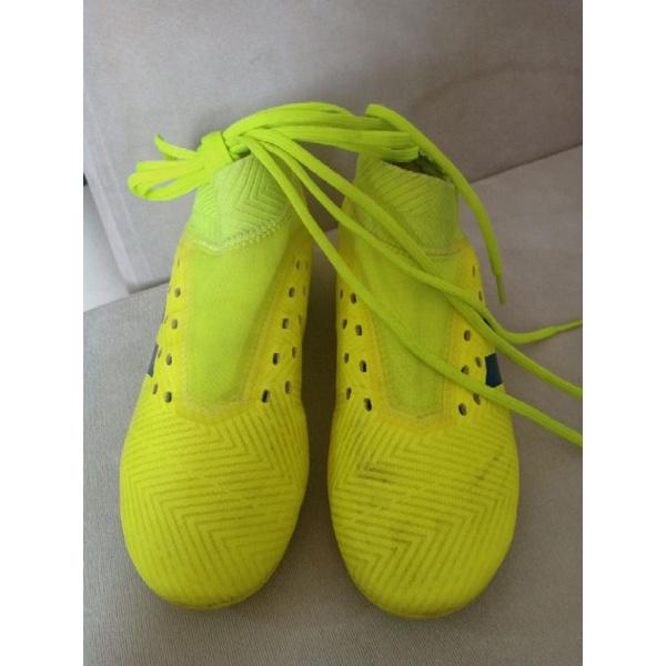 รองเท้าฟุตบอล adidas มือสอง