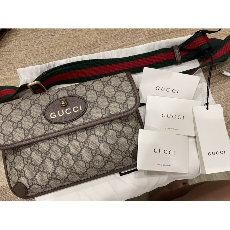กระเป๋า Gucci supreme belt bag