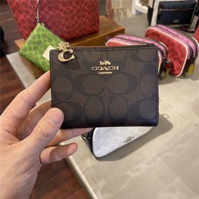 ㇶョMiqiqi COACH กระเป๋าผู้หญิงกระเป๋าใบสั้นแบบจำกัดปุ่ม C กระเป๋าสตางค์ผู้หญิงกระเป๋าคลัทช์กระเป๋าใส่บัตรซื้อของแท้ส่งตรง