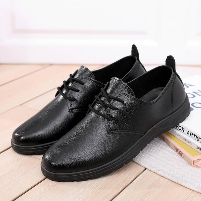 รองเท้าคัชชูผู้ชาย ✽KFC Shengke McDonald's รองเท้าทำงานของผู้ชายร้านอาหารสีดำในการทำงานรองเท้าหนังแบนของผู้ชายเลื่อนรองเ