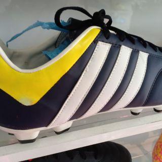 รองเท้าสตั๊ด น้ำเงินขาวเหลือง39-43
