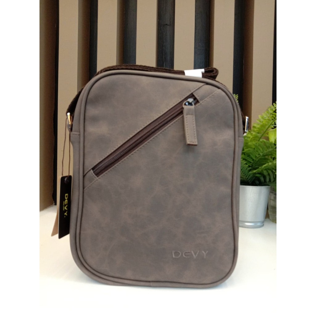 กระเป๋าสะพายข้างทรงตั้ง Devy รุ่น2234-2