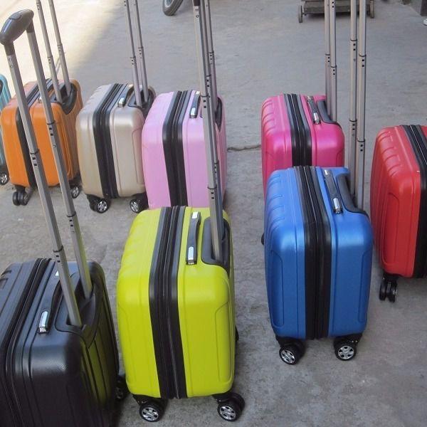 กระเป๋าเดินทางล้อลากขนาด 14 นิ้ว