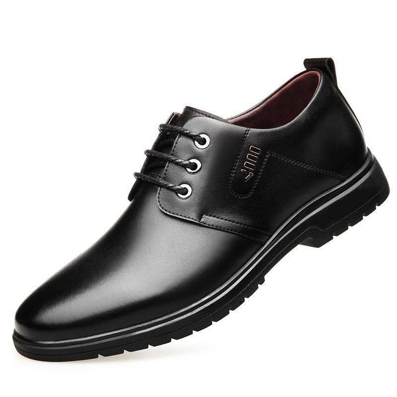 รองเท้าคัชชูผู้ชาย รองเท้าชาย ฤดูใบไม้ผลิใหม่รองเท้าหนังผู้ชายรองเท้าผู้ชายเกาหลีธุรกิจสบาย ๆ อังกฤษสีดำรองเท้าหนังลำลอง