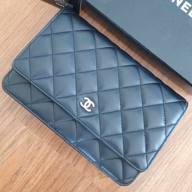 CHANEL WOC wallet on chain แท้ 100%