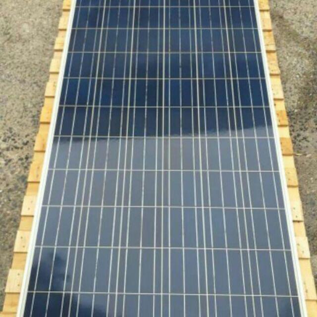 (ส่งฟรี)แผงโซล่าเซลล์ trina solar 300 w (มือสอง) ล็อตใหม่