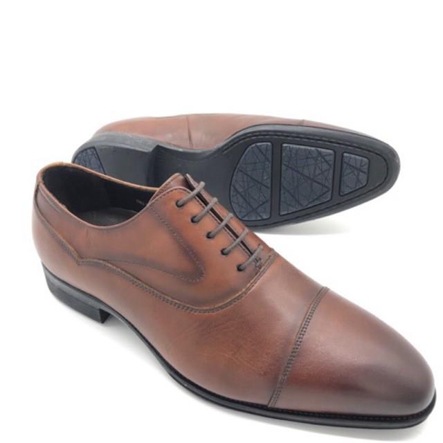 รองเท้า รองเท้าแตะรัดส้น รองเท้าคัชชูเปิดส้น Saramanda รุ่น 177089 รองเท้าทำงานผู้ชายทรงอ๊อกฟอร์ด หนังแท้ แบบผูกเชือก สี