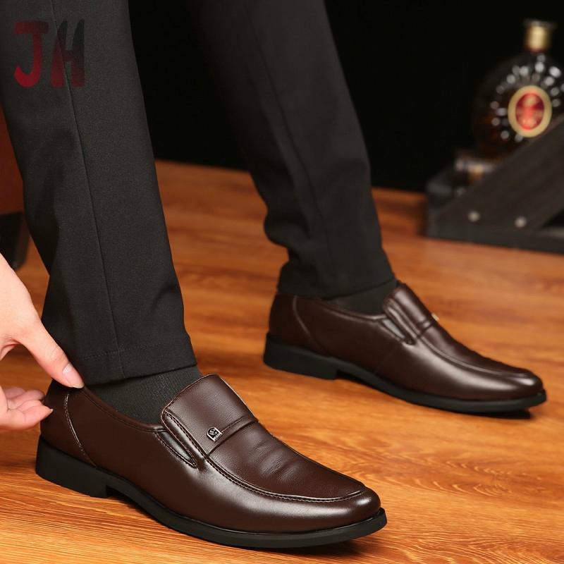 JH✨ รองเท้าโลฟเฟอร์ ผู้ชาย loafer รองเท้า รองเท้าคัชชู รองเท้าหนังแฟชั่น รองเท้าหนังแบบผูกเชือก รองเท้าหนังแท้ 01