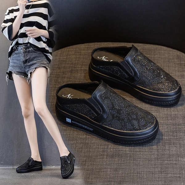 รองเท้าคัชชูเปิดส้นผู้หญิง รองเท้าคัชชูเปิดส้น ลูกไม้สีดำรองเท้ากึ่งลาดหญิง 2021 ฤดูร้อนใหม่ท่อระบายน้ำทรายเว็บระบายอากา