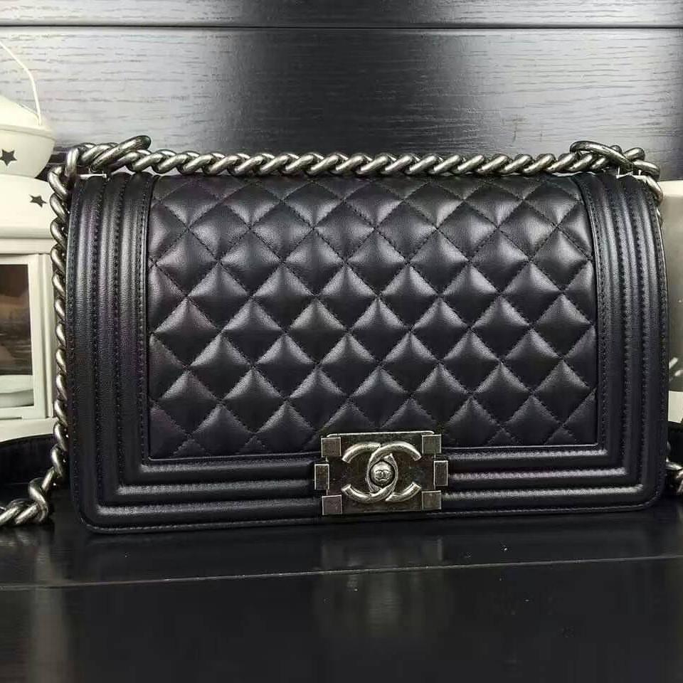 ❌พร้อมส่ง ❌มาเพิ่มแล้วพร้อมส่ง!! กระเป๋าสะพายชาแนลบอย Chanel Boy 8 ,10  หนังแลมป์สวยกริ๊บ ❌แถมถุงผ้า การ์ด❌