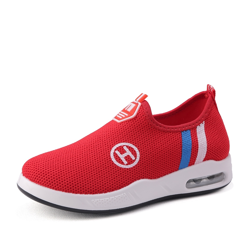 ! ขายด่วน ! รองเท้าเด็กที่สะดวกสบาย รองเท้าวิ่ง รองเท้าคัชชู Non-slip children's shoes