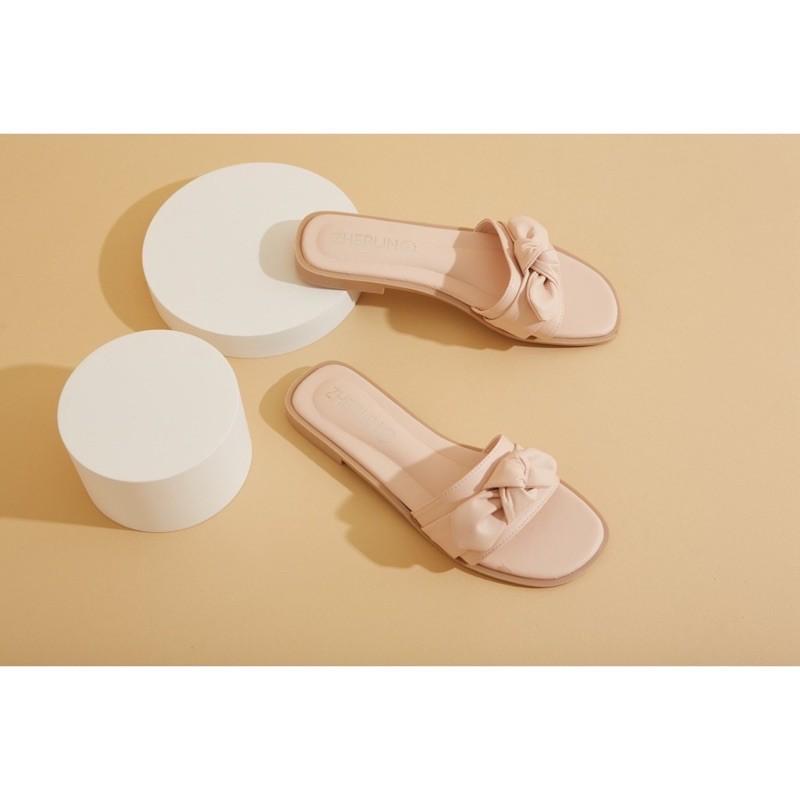 Zherlin brand #zherlin รองเท้าแตะ    ส่งต่อของมือสอง
