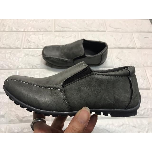 รองเท้าคัชชูเด็กผู้ชาย หัวแหลม ไซส์ 30-36