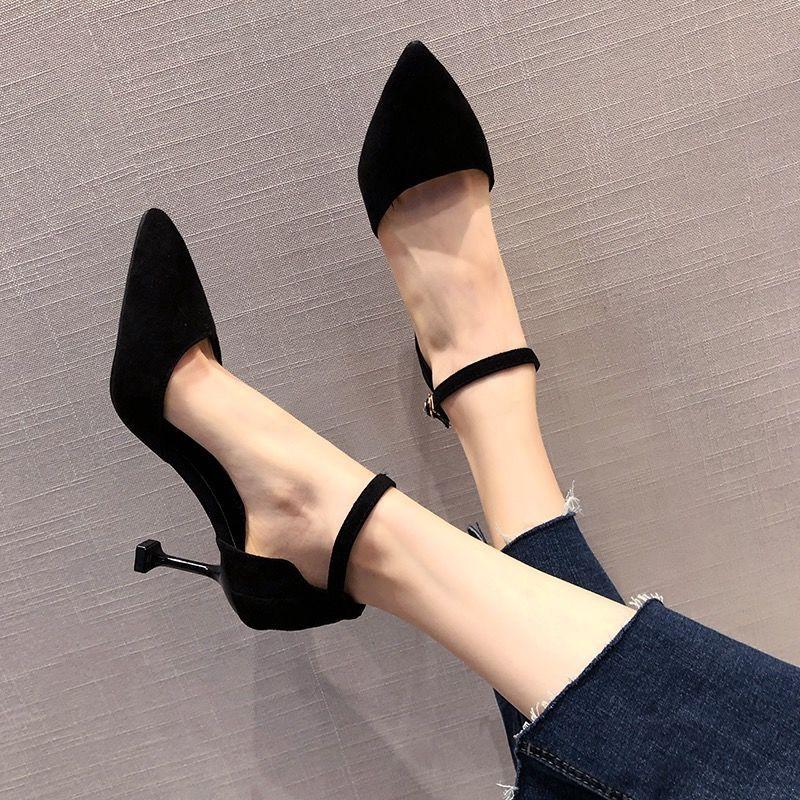 รองเท้าส้นสูง หัวแหลม ส้นเข็ม ใส่สบาย New Fshion รองเท้าคัชชูหัวแหลม  รองเท้าแฟชั่นฮอลโลว์รองเท้าผู้หญิงในช่วงฤดูร้อนรอง