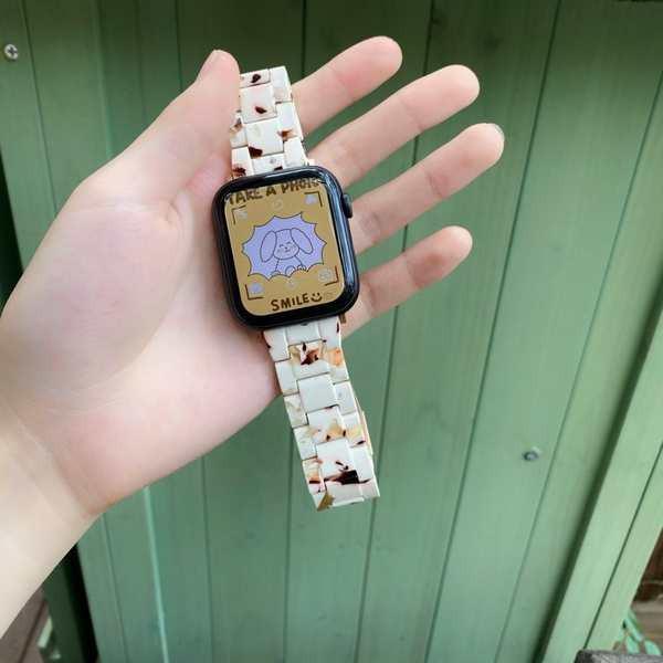 สาย applewatch เหมาะสำหรับ applewatch apple watch iwatch สายเรซิ่นสาย 123456 รุ่นเซรามิกสามลูกปัดหัวเข็มขัด