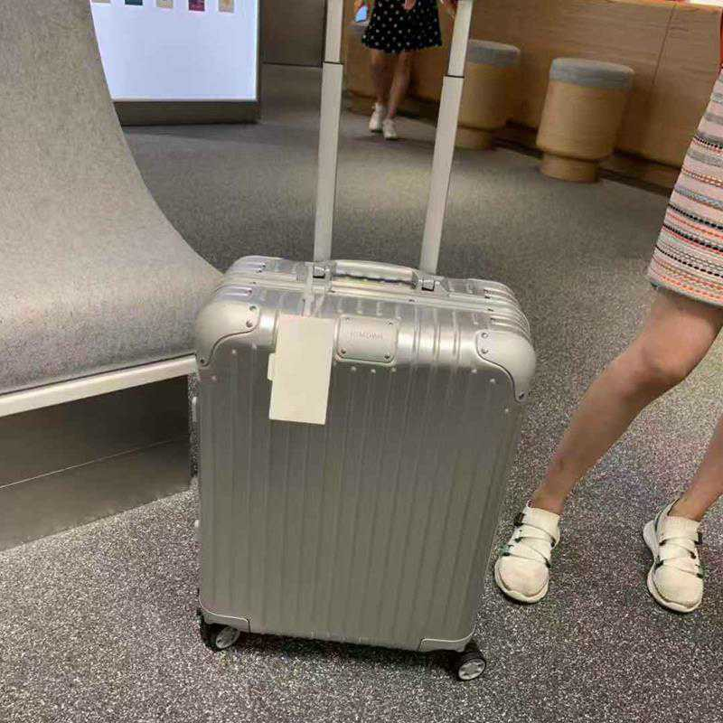Rimowa กระเป๋าเดินทางล้อลากโลหะอลูมิเนียมขนาดใหญ่