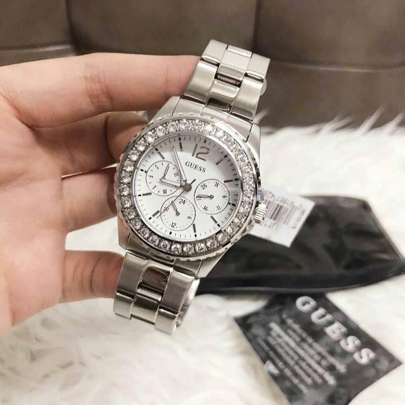 พร้อมส่ง นาฬิกาข้อมือผู้หญิง Guess สีเงิน