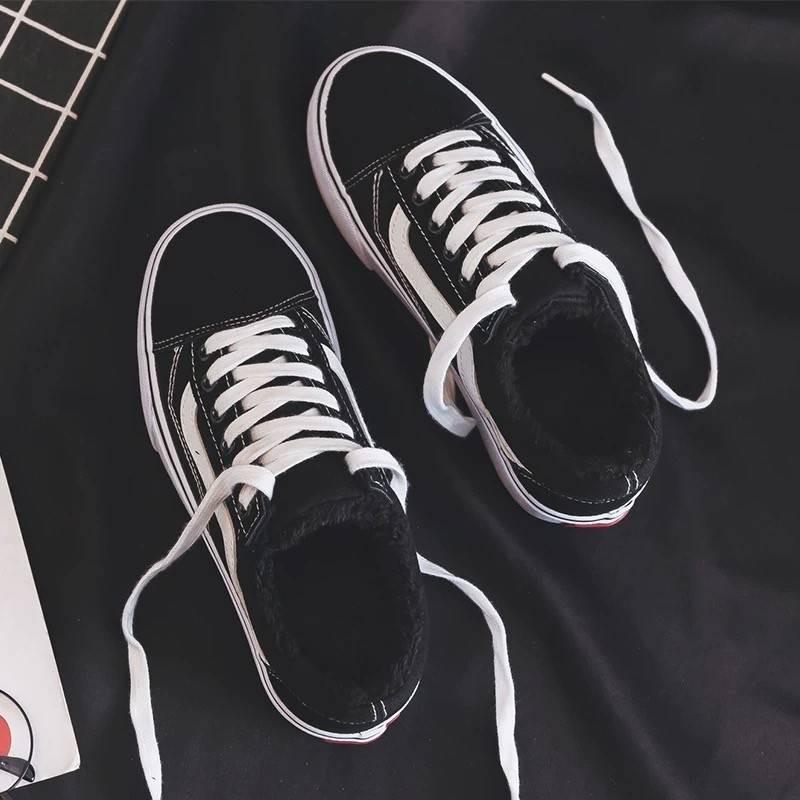 รองเท้าคัชชู;รองเท้าสลิปออนผู้หญิง; รองเท้าฤดูหนาวสำหรับผู้หญิง 2020 ฤดูใบไม้ร่วงใหม่รองเท้าผ้าใบพร้อมกำมะหยี่เกาหลีรุ่นนักเรียนแบนรองเท้าลำลองสีดำ