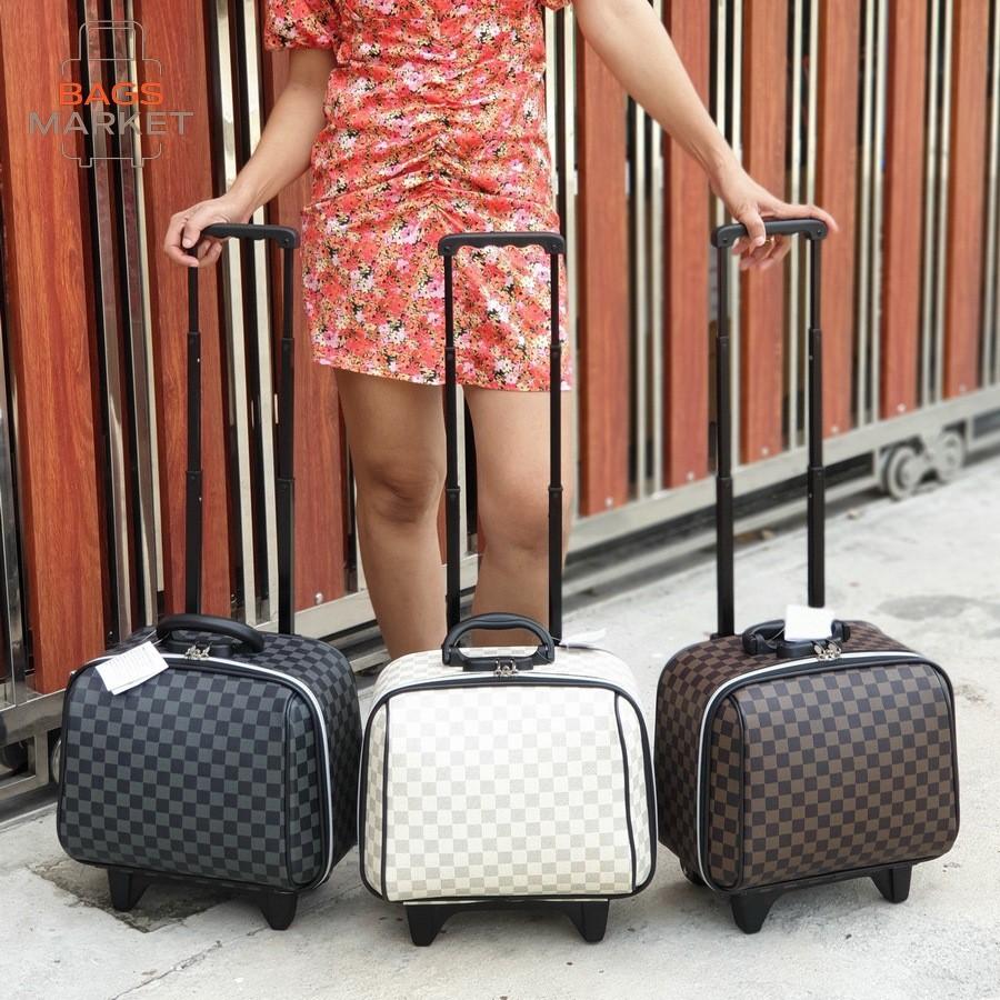 ❌รุ่นใหม่มีรหัสล๊อค❌ กระเป๋าเดินทาง ล้อลาก ระบบรหัสล๊อค 14 นิ้ว ขนาดกระทัดรัด มีให้เลือก 3 สี สไตล์หลุยส์