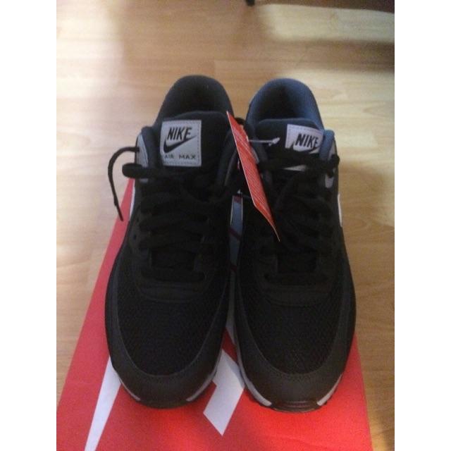 Nike Air Max 90 Essential ของแท้