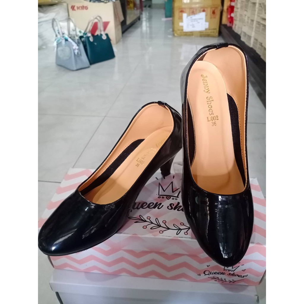 รองเท้าคัชชู/รองเท้าคัชชูผู้หญิง/รองเท้าคัชชูดำแก้ว/รองเท้าคัชชูงานเกาหลี/รองเท้าใส่นิ่มใส่สบายไม่กัดเท้าใส่แล้วดูดี