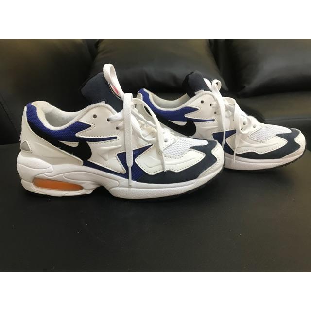 รองเท้ามือสองแบรนด์ NIKE AIR MAX สภาพ 90% พื้นเกาะติด เหมาะแก่ใส่ลำลอง ใส่ออกกำลังกาย
