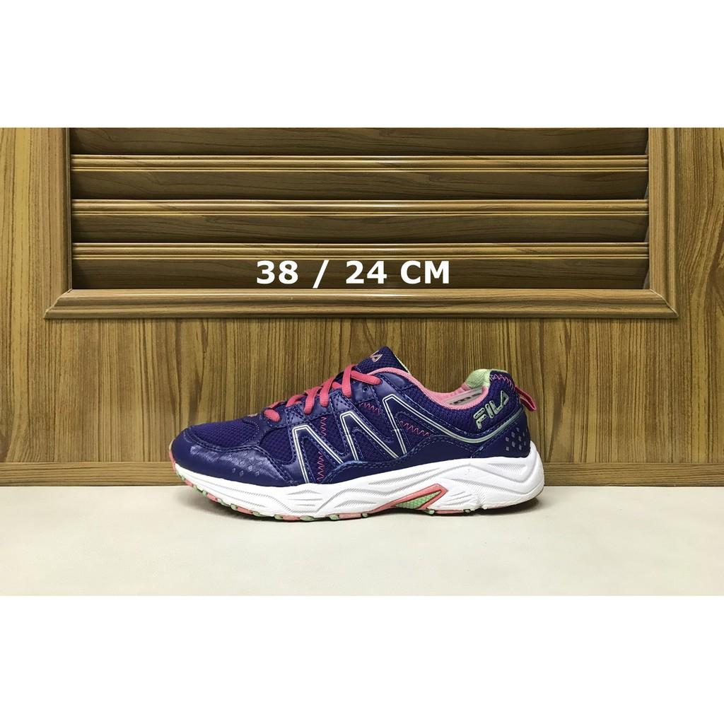 รองเท้าวิ่ง Fila Size 38 ของแท้ มือสอง