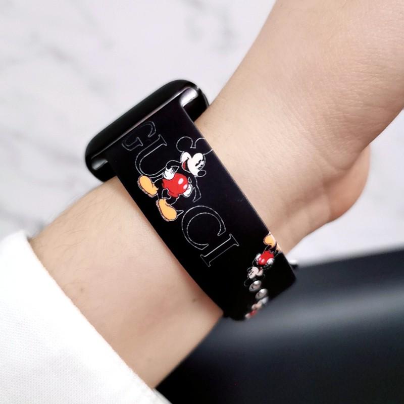 สาย applewatch▽✓เหมาะสำหรับ Apple Watch iwatch6 สายซิลิโคนหญิง applewatch3 / 4/5 การ์ตูน Mickey สาย SE น้ำ