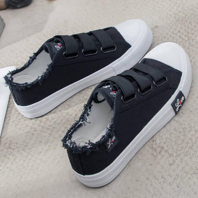 รองเท้าคัชชู ♣รองเท้าผ้าใบฤดูใบไม้ผลิสีขาวรองเท้าผู้หญิงตีนตุ๊กแกเด็กโตเวอร์ชั่นเกาหลีระบายอากาศรองเท้าผ้าใบก้นแบนนักเรี